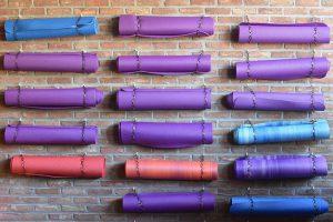 yogamatten groepsles yoga leiden
