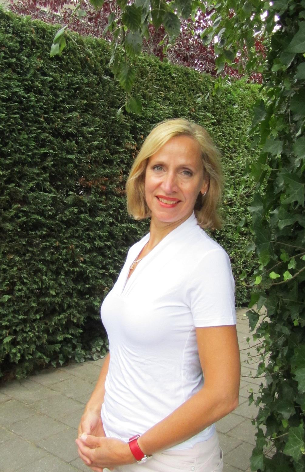 reiki leiden reiki voorschoten foto docent yoga voorschoten yogales leiden