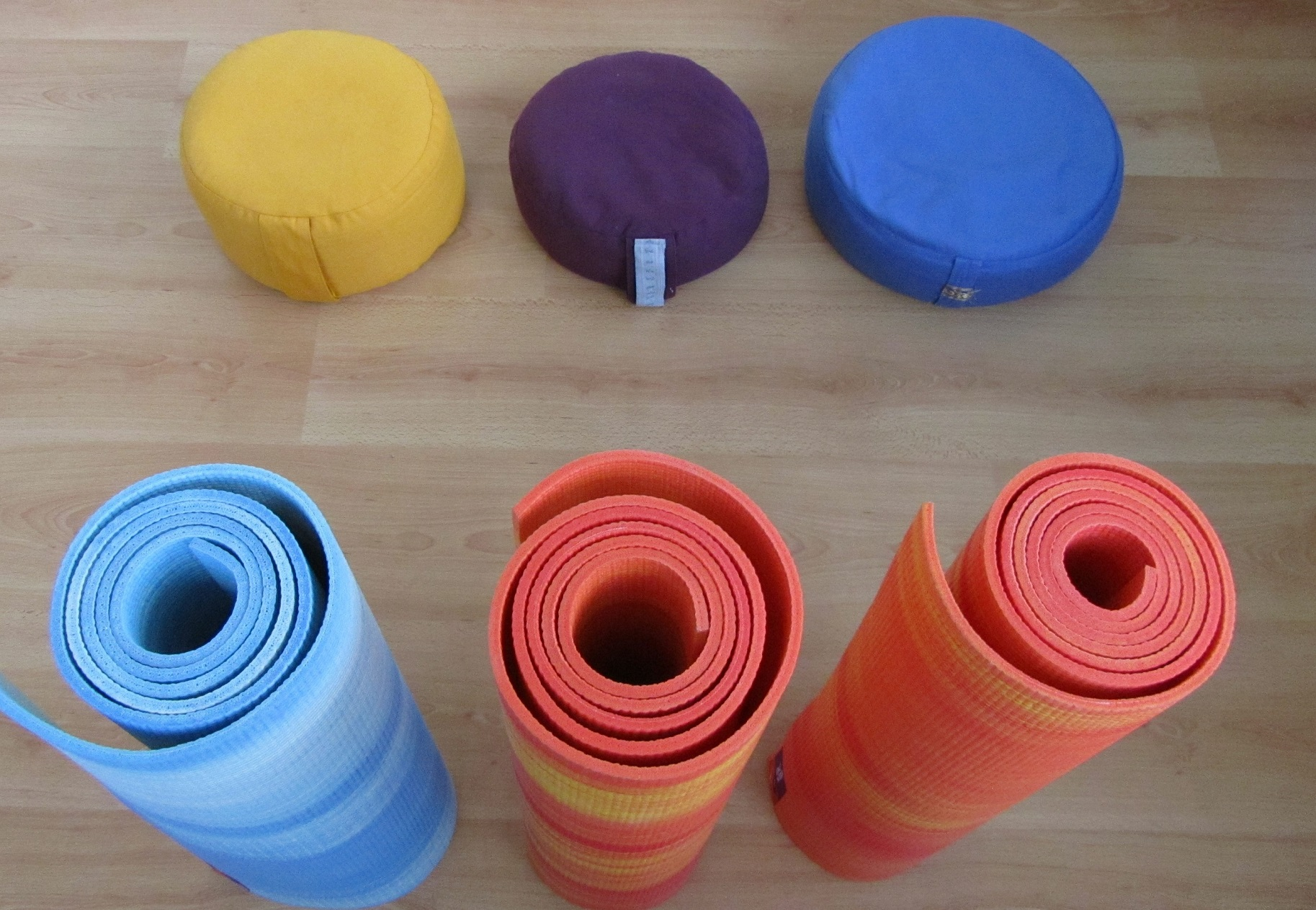 reiki leiden reiki voorschoten yoga matten met kussens yoga voorschoten