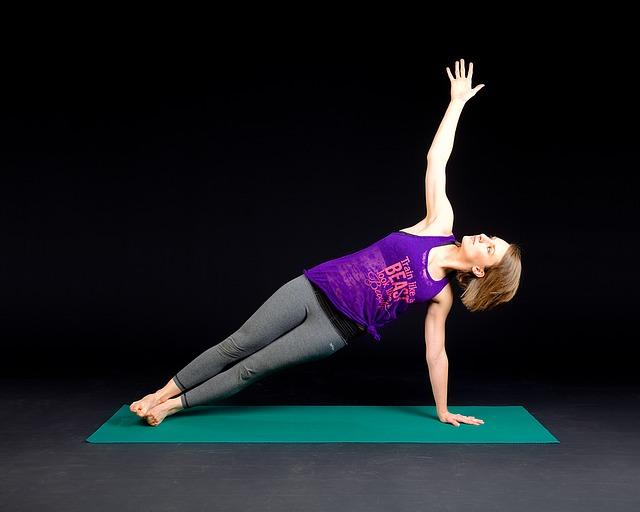 yoga workshop leiden, yoga workshop voorschoten, yoga workshop, yoga jongeren, meisje, plank
